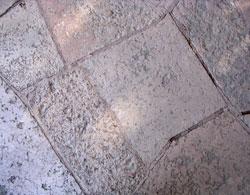 Fastigheten Rovfågeln, Aspudden - kalkstensplattor